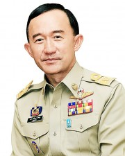 "Chiang Mai Provincial governor; Mom Luang Panadda Diskul - deaths ""a coincidence"". Photo: Photobucket user dangroj"